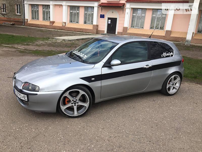 Хэтчбек Alfa Romeo 147 2001 в Харькове