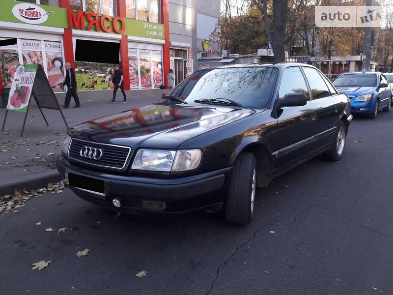 Audi 100 1993 года в Харькове