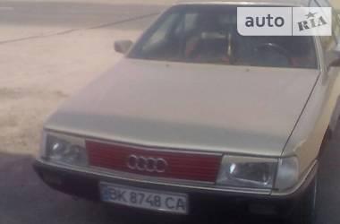 Audi 100 1985 в Березному