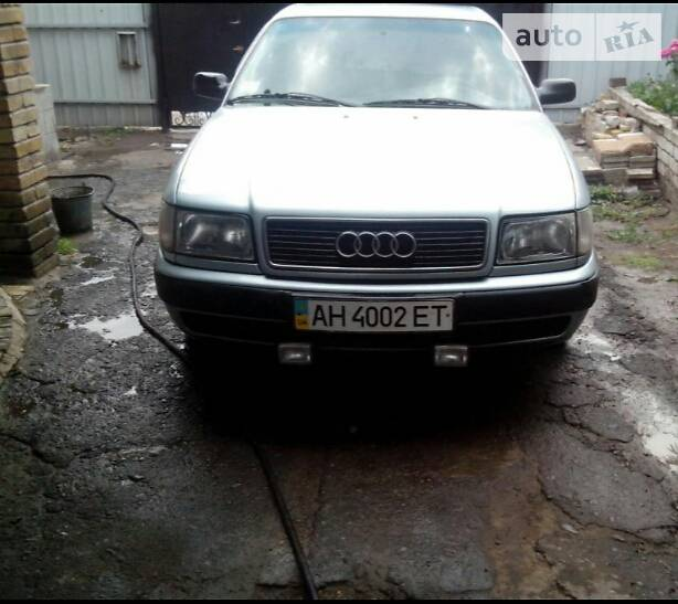 Audi 100 1991 року в Донецьку