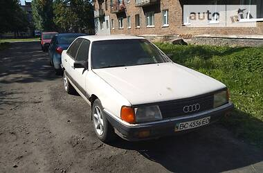 Седан Audi 100 1986 в Червонограде