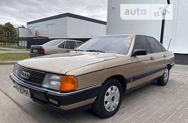 Седан Audi 100 1985 в Черкассах