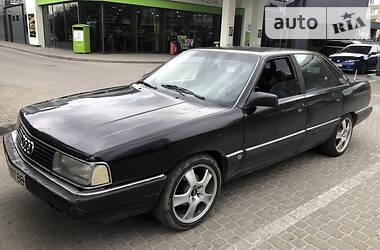 Седан Audi 200 1988 в Львове