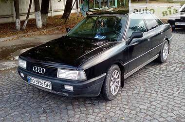 Audi 90 1988 в Бережанах