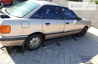 Audi 90 1988 в Тысменице