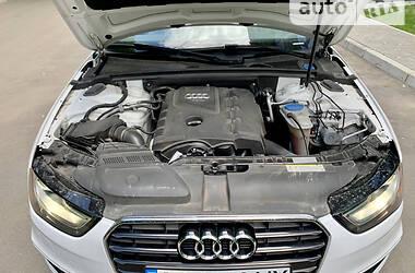 Седан Audi A4 2015 в Виннице