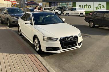 Седан Audi A4 2016 в Киеве