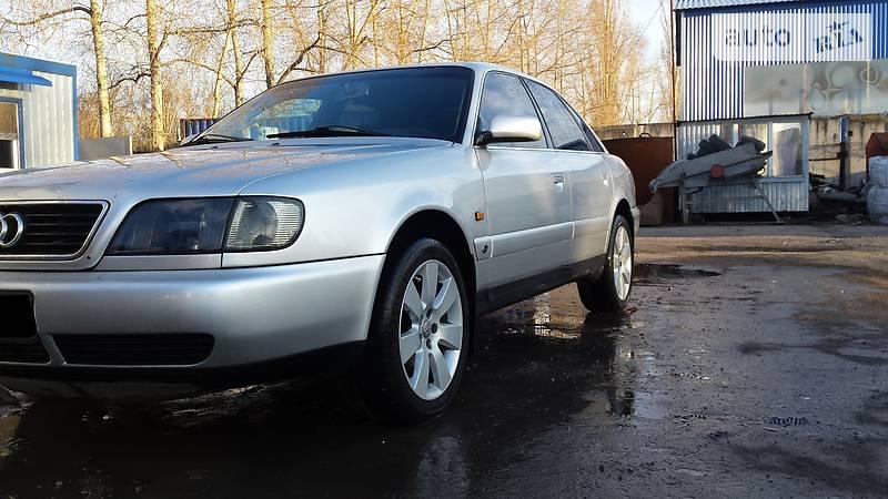 Audi A6 1994 года
