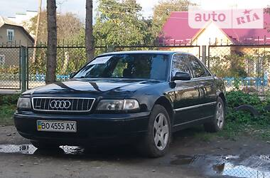 Audi A8 1995 в Борщеве