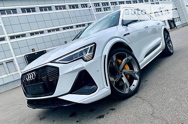 Внедорожник / Кроссовер Audi e-tron 2021 в Киеве