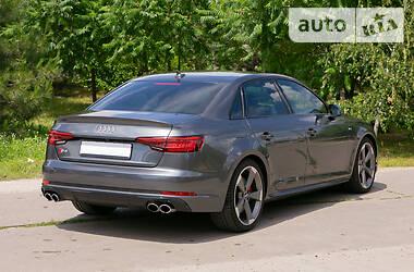 Седан Audi S4 2017 в Харкові