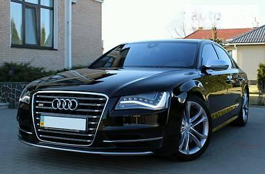 Audi S8 Quattro V8 Biturbo
