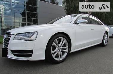 Седан Audi S8 2012 в Києві