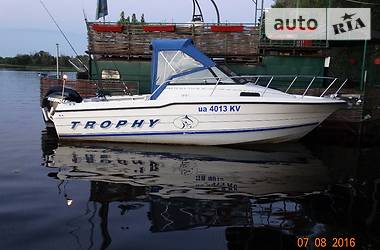 Bayliner Trophy  1996