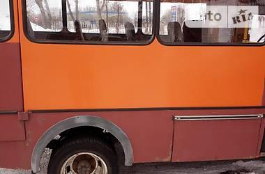 Мікроавтобус (від 10 до 22 пас.) БАЗ 3202 2005 в Кропивницькому