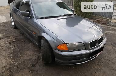 BMW 318 1999 в Кицмани