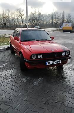 Седан BMW 318 1985 в Днепре