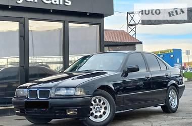 Седан BMW 318 1996 в Харькове