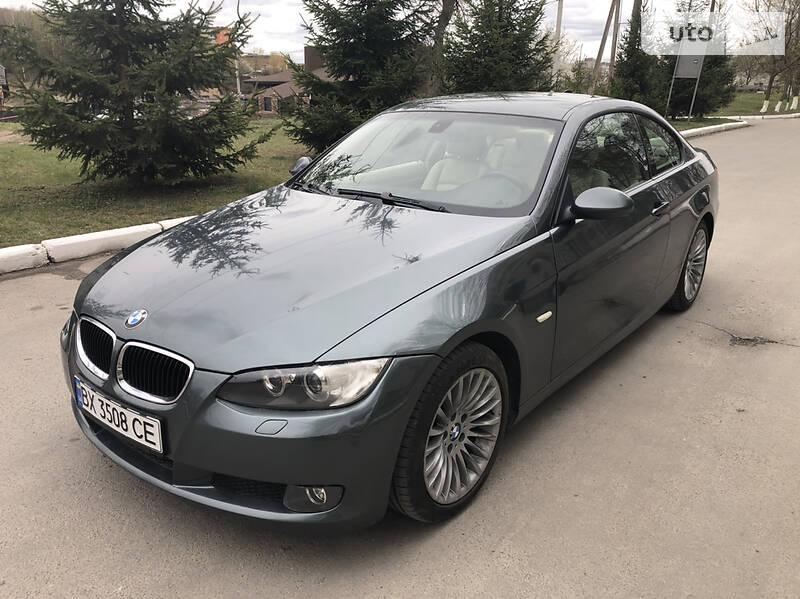 Купе BMW 320 2009 в Волочиську