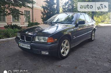 BMW 320 1996 в Кицмани