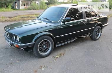 BMW 323 1986