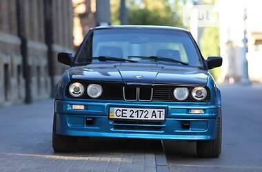 BMW 324 1985 в Черновцах