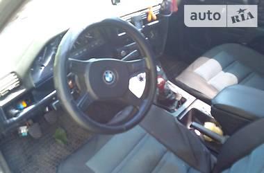 Хэтчбек BMW 324 1986 в Козельце
