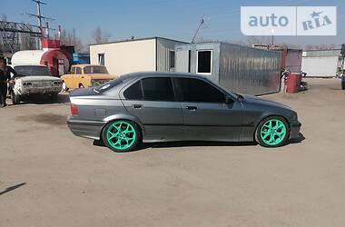 BMW 325 1994 в Барышевке