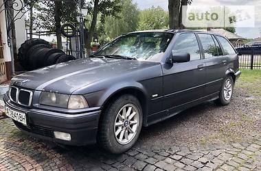 Седан BMW 325 1998 в Снятине