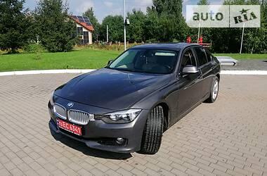 Седан BMW 328 2012 в Стрию