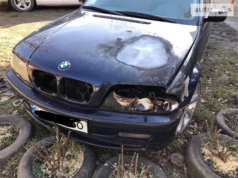 BMW 330 2001 в Бучаче