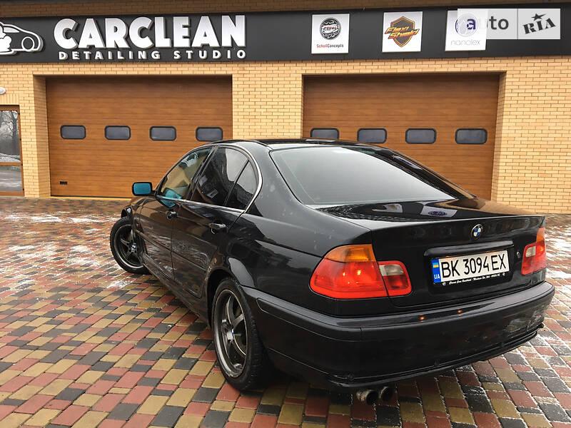 BMW 330 2000 в Ровно