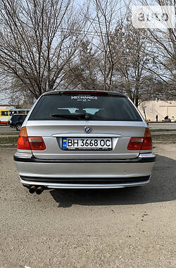Унiверсал BMW 330 2001 в Одесі