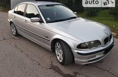 Седан BMW 330 2000 в Измаиле