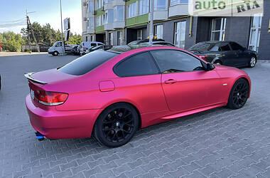 Купе BMW 330 2006 в Киеве