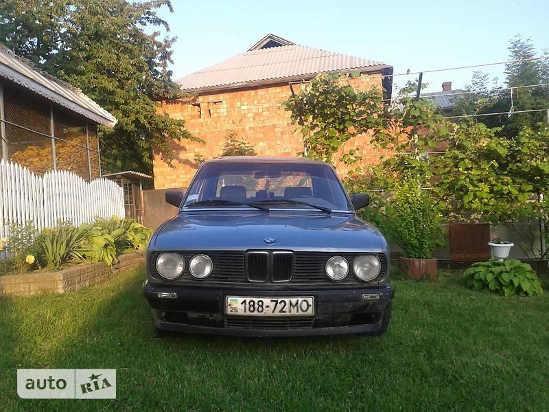 BMW 520 1986 в Черновцах