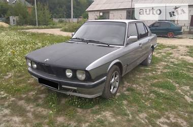 BMW 520 1987 в Житомире