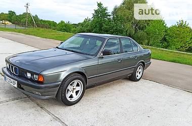 Седан BMW 525 1989 в Нетешине
