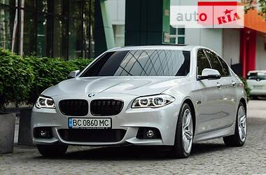 Седан BMW 550 2016 в Львові
