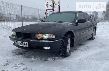 BMW 730 2000 в Нововолынске