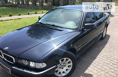 BMW 735 GAS-BENZIN-IDEAL- 2001