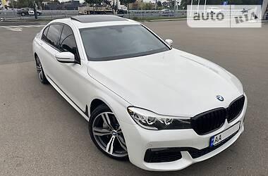Седан BMW 740 2015 в Києві