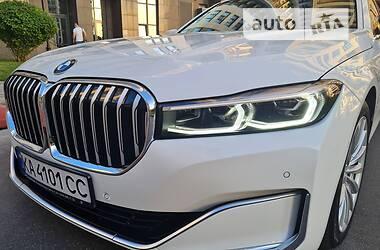 Седан BMW 740 2019 в Києві