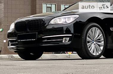 BMW 750 2014 в Одессе