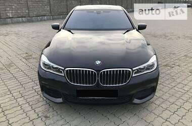 Седан BMW 750 2015 в Одессе