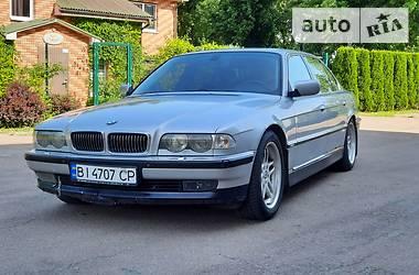 Седан BMW 750 1999 в Киеве