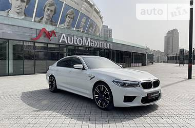 Седан BMW M5 2020 в Киеве