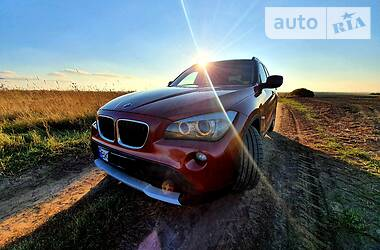 Внедорожник / Кроссовер BMW X1 2011 в Ровно