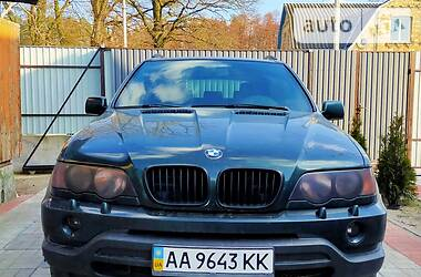 Внедорожник / Кроссовер BMW X5 2003 в Киеве