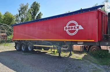 Самосвал полуприцеп Bodex Kiss 33 2005 в Виннице